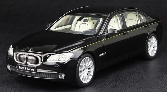 BMW 7 Series long-wheelbase (F02) 760 li Kyosho 1:18 Kyosho-08783BK