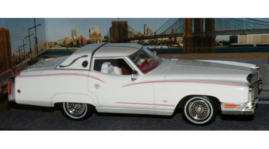Cadillac Corvorado James Bond Live and let die Eaglemoss Collections 1:43 Eaglemoss-00022