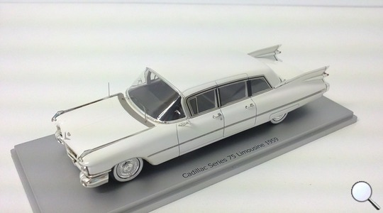Cadillac Series 75 Limousine Kess Scale Models 1:43 KE43020001