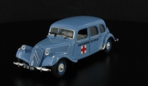 Citroen Traction 11 C Ambulance Universal Hobbies 1:43 L2431-45 [Blister]