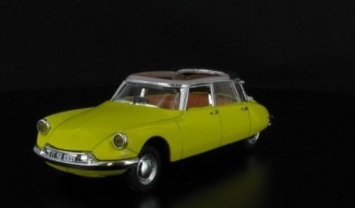 Citroen DS 19 decouvrable AEAT Universal Hobbies 1:43 L5426-46 [Blister]