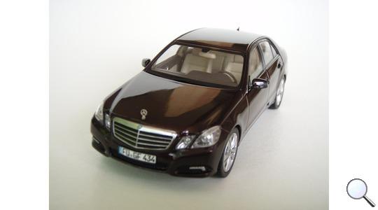 Mercedes-Benz E-Class (W212) Schuco 1:43 450732400