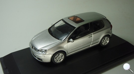 Volkswagen Golf V (Typ 1K) Schuco 1:43 VW-GOLF-V